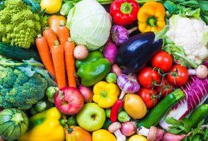 empfiehlt fünf Portionen Obst und Gemüse am Tag